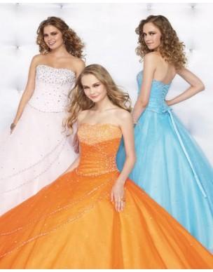 Krásné maturitní šaty na míru