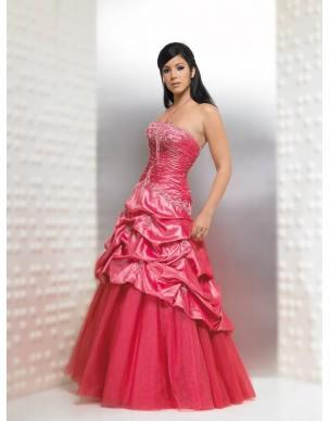 Růžové společenské a maturitní šaty na míru