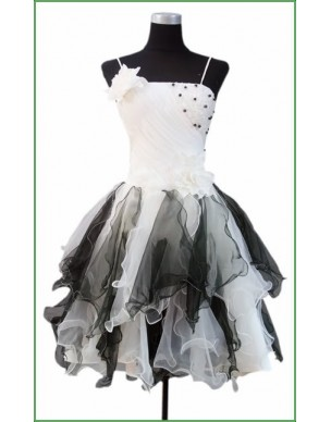 černo-bílé krátké společenské šaty Jody