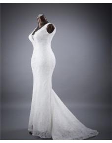 luxusní bílé krajkované upnuté svatební šaty Simona S