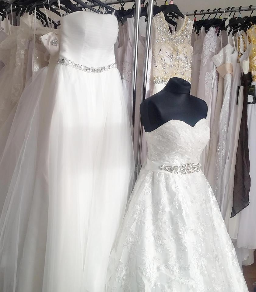 fa96b4b199d Svatební šaty levně Praha - Hollywood Style E-Shop - plesové a ...